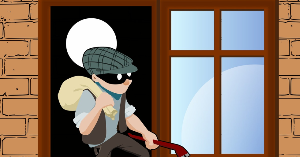 your insurance attorney: thief